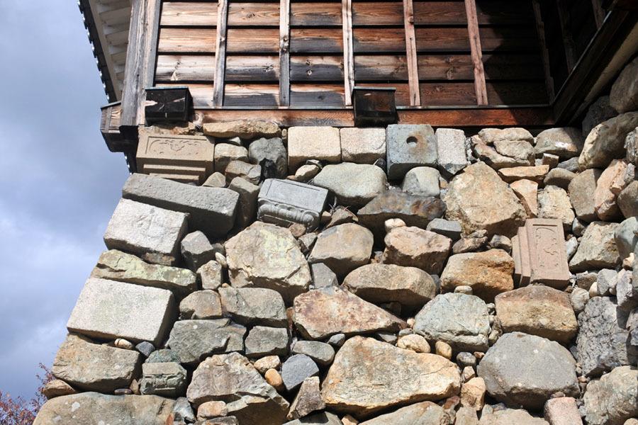 福知山城、転用石