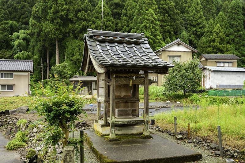 屋敷跡、明智神社