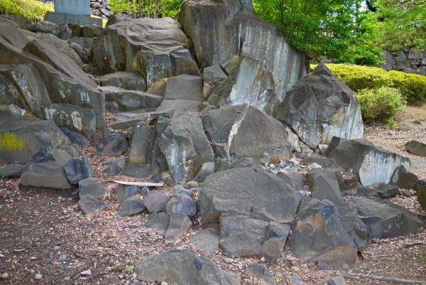 甲府城、採石場