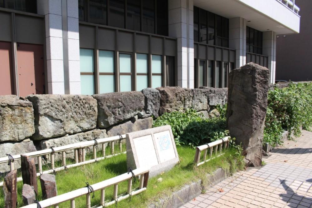福井城、福井市役所、石垣