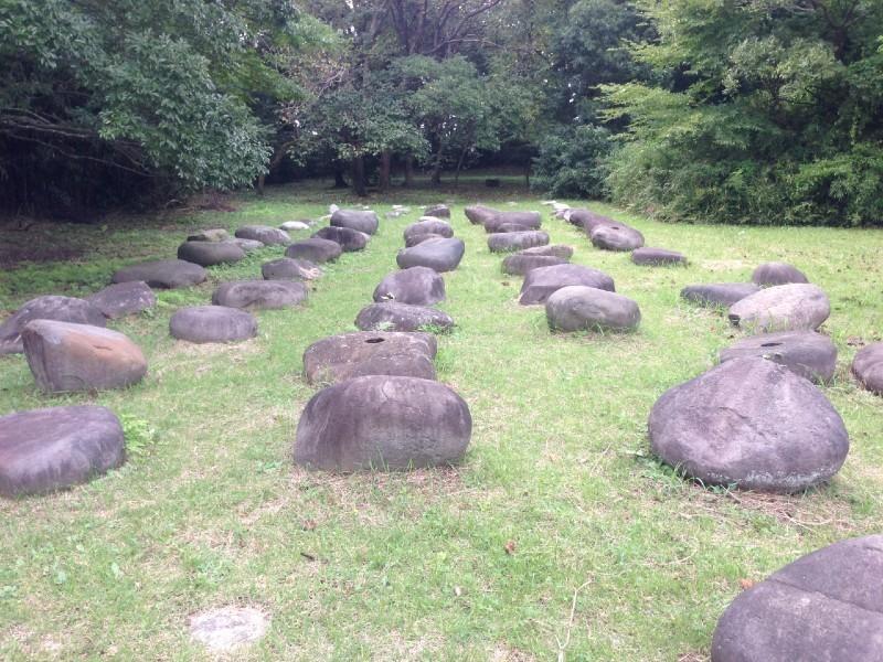 佐倉城、礎石