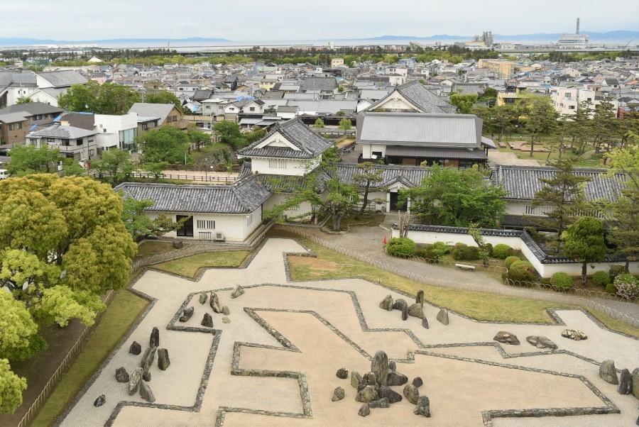 岸和田城、天守、八陣の庭