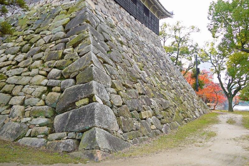 算木積、広島城天守台