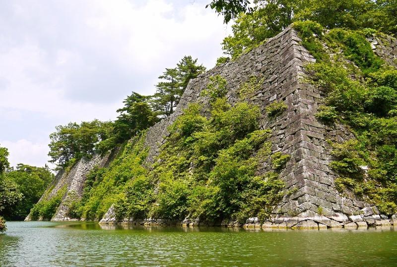 伊賀上野城、石垣