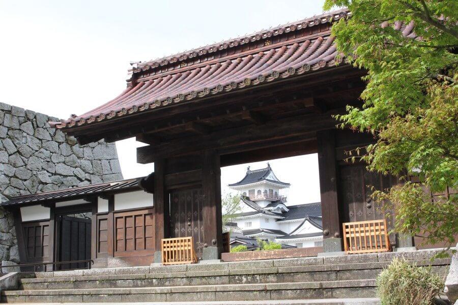 富山城、千歳御門
