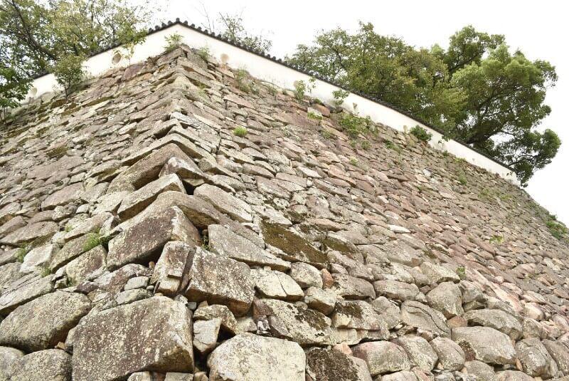 岡山城、本段、石垣