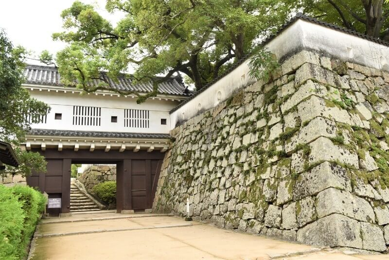 岡山城、廊下門