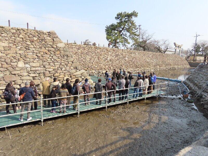 中津市歴史博物館、堀の水