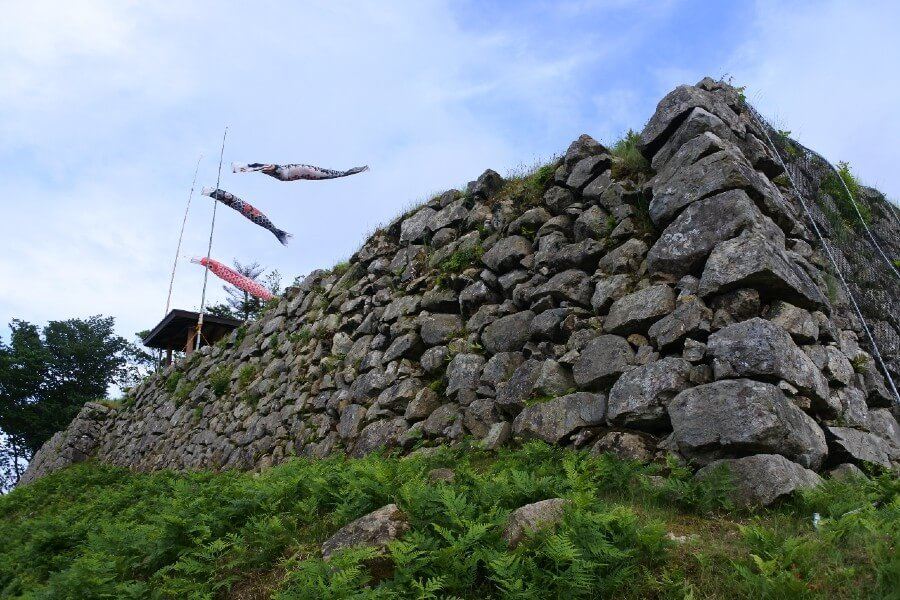 有子山城の石垣