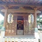 太田道灌公木像(遠景)