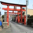 熊野神社鳥居と城址碑