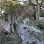 笠置矢倉下の巨岩群