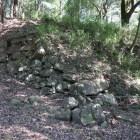 破城の痕跡が残る二の丸西面石垣