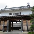 掛川城東にある大手門