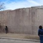桜門枡形の蛸石。岡山藩主池田忠雄が運んだ城内最大の巨石