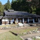 町奉行所跡の若狭国吉城歴史資料館。大庄屋屋敷を移築再建したもので、建物自体が国登録有形文化財