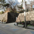 有岡城址史跡公園(石垣は遺構ではない)