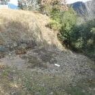 西第二曲輪から本郭方向へ続く石垣と虎口