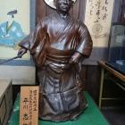 宗治公銅像(備前焼)