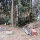 野球場の山外・道路沿い北側にも土塁