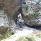 表門の巨岩