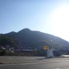 西から見た立花山城