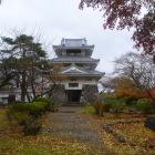 三戸城温故館(南部氏関連の武具や古文書が展示)