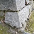 福山城ではここだけ。完成途中の角石