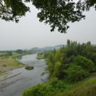 川向うには根古屋城・茶臼山城・山名城が