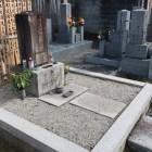 島左近の名はあるものの、全くもって普通のお墓