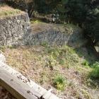 石垣沿いの竪堀