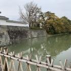 東御門と水堀