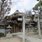 野見神社内にあった高槻城移築門