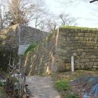 出櫓石垣から本丸へ