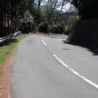 本曲輪と下城間の堀、現在は道路