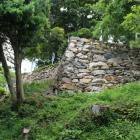 天守曲輪の屏風折れの石垣