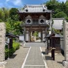 小林寺の山門