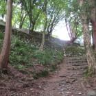 東門下から見る石垣
