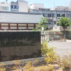 北ノ庄城跡石碑。平山郁夫画伯の筆になります。