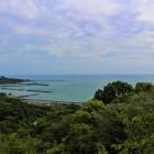 月見山展望台からの眺望 土佐湾・太平洋が広がる