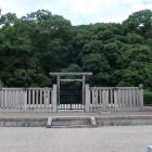 高屋築山古墳(安閑天皇陵)の拝所