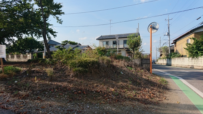 神光寺北東の土塁