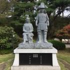 信之と小松姫像