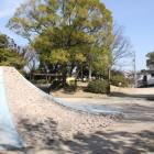 鳴海城址公園内