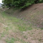 北面の大堀と土塁