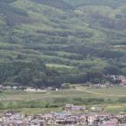 展望台より横田城を遠望