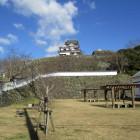 麓から見た石垣