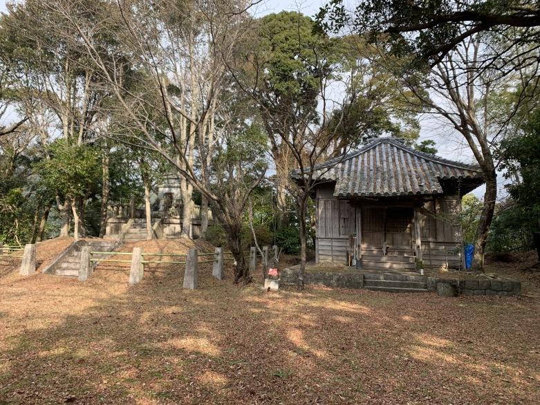 本丸跡(観音堂)