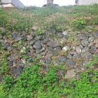 下屋敷跡の石垣。