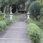 大森神社、入って右の北に行く